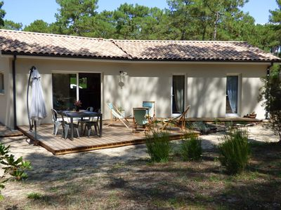 Photo for Luxurious Holiday Home in Gironde with Private Garden