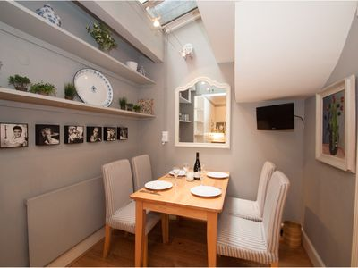 Photo for UP TO 20% OFF - Modern 3 bed townhouse located in sought after Chelsea (Veeve)