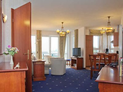 Photo for 2-room sea side up to 4 persons - SEETELHOTEL Ostseeresidenz Ahlbeck