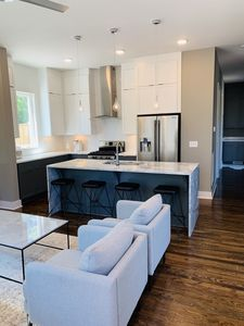 New Rooftop Home Minutes from Downtown!