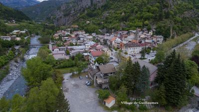 Photo for Apartment for 5 persons At Guillaumes Gorge Red Reserve