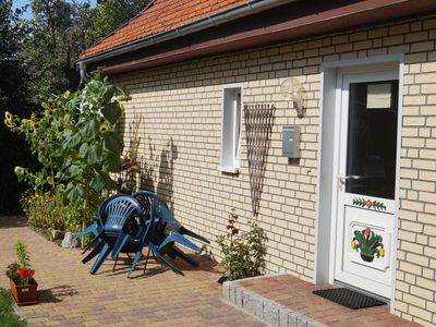Photo for  Two-room apartment near the beach / garden / Darß