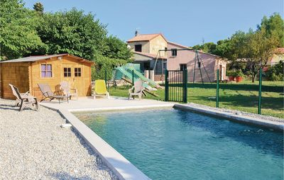 Photo for 1 bedroom accommodation in Carpentras