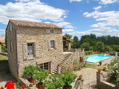Photo for Charming stone house with pool, 4 pers.
