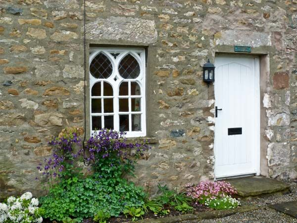 Woodbine cottage family friendly in kirkby lonsdale for P a furniture kirkby