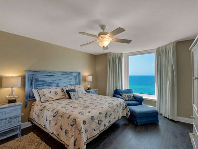 Photo for Beachfront with Free Beach Service, Free WiFi Great location just minutes from Pier Park