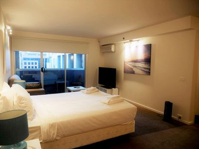 Photo for CONVENIENCE in the heart of Melbourne CBD 1BR Apt + FREE WIFI