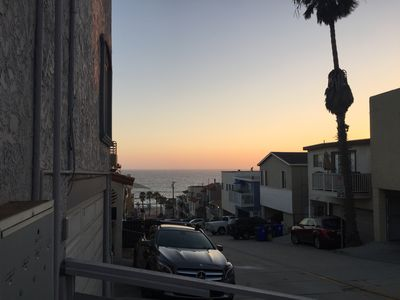 Photo for Manhattan Beach Studio 5 minute walk to beach