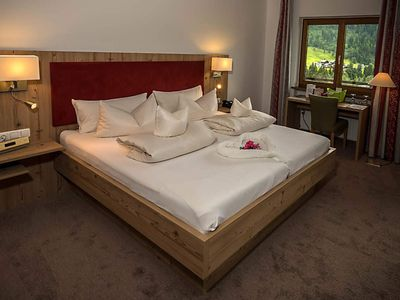 Photo for Cat 1 | DZ Romantic 38 qm | from May new bath with DU - Auszeithotel Erlebach 4 stars