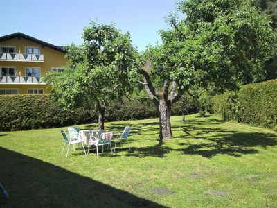 Photo for Lovely apartment for 4 people with WIFI, TV, pets allowed and parking