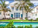 3BR House Vacation Rental in Nassau, New Providence