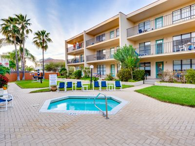 Photo for Well-furnished condo near the beach with a shared pool and more
