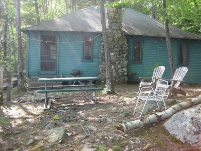 Camp/cottage on beautiful location on Lake Winnisquam