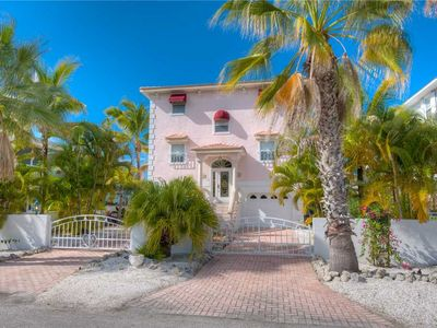 Photo for Short Stroll to the Gulf of Mexico at Casa Muratti! SUMMER SAVINGS!