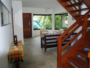 House with 5 suites-Praia de Guaecá