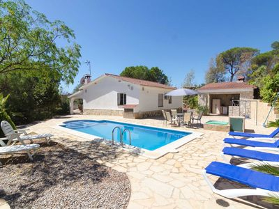 Photo for Club Villamar - Detached holiday villa Lloret de Mar with nice salted pool in quiet surroundings ...