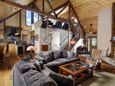 Photo for Luxurious Mountain Cabin w 2 master suites, jacuzzi, views, & AC