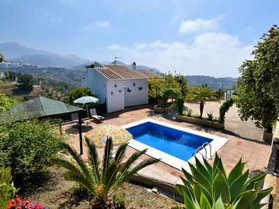 Photo for Quaint Cave House in Lopera with Terrace