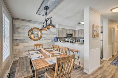 The beautifully decorated vacation rental has 2 bedrooms and 2 baths.