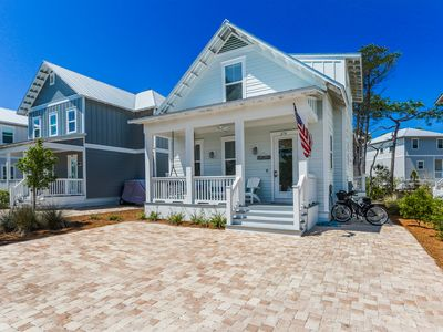Photo for Luxury Coastal Charm! Slps 12; Resort Amenities, 4 Bikes, Pvt Patio w/ Gas Grill