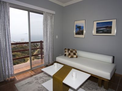 Photo for Scenic views, beautiful apartment 5 min from wine country!