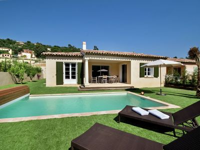 Photo for Luxury villa on beautiful residence in Cavalaire-sur-Mer on the Cote d 'Azur