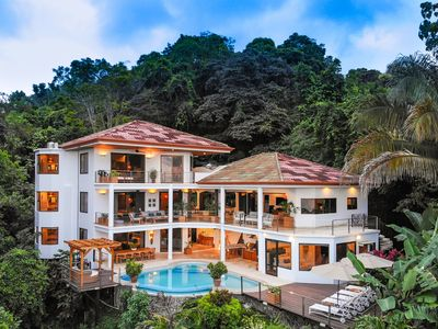 Photo for Stunning Ocean View 7 Bedroom Luxury Villa