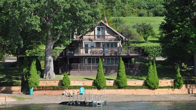 """Photo for Gusderosa Lake House:""""Ample Deck Space for Outdoor Entertaining"""""""