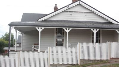 Photo for 3BR House Vacation Rental in Goulburn, NSW