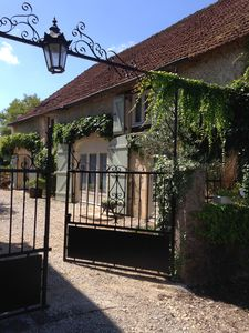 Photo for Coach House Style Holiday Accommodation With Pool Near The Village of Loupiac