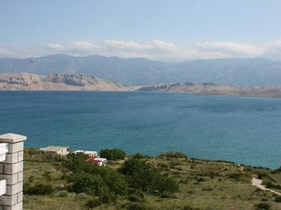 Photo for One bedroom apartment with terrace and sea view Bošana (Pag)