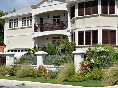 Photo for Coconut Walk Apartment.  An Upscale, Ocean Front Suite with large balcony.