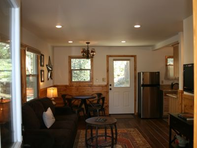 Rent 2, Get 1 FREE in this rustic, cozy cabin! (excluding holidays)