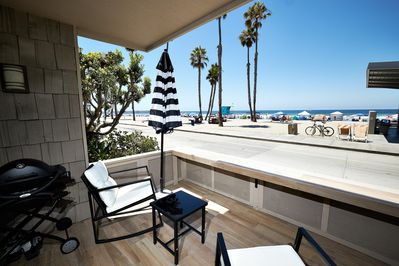 If you love to be a part of the beach scene, this is your spot! You'll have a front row seat to take in the waves, sea life, sailboats, and surfers!