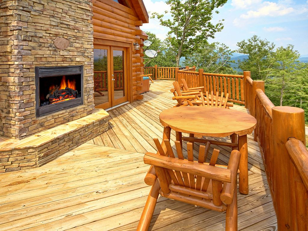 High End 3 Bedroom Cabin With Amazing Views. Sevierville Cabin Rental