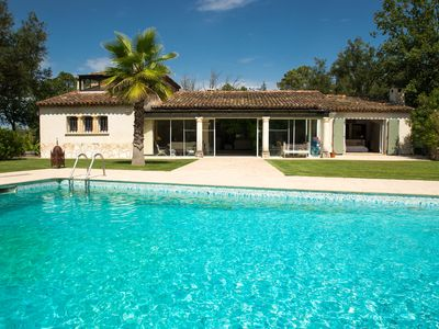 Photo for Magnificent Villa 250m2 4 bedrooms 8 people + private pool at 10 's