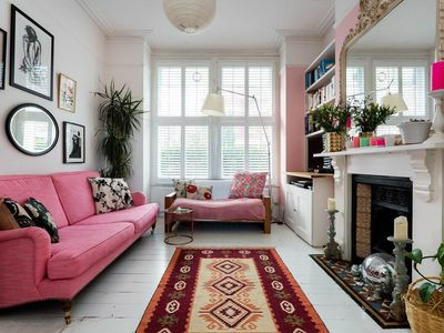 Photo for Colourful four bedroom house with garden, close to the tube station (Veeve)