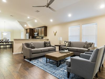 Photo for 4BR House Vacation Rental in Dallas, Texas