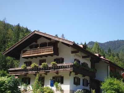 Photo for Cosy little holiday home in Chiemgau - balcony, sauna and swimming pool