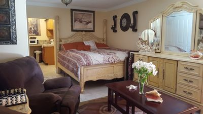 Photo for Private Cozy Guest House On The Water