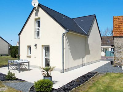 Photo for Vacation home Dans la prairie  in Creances, Normandy / Normandie - 4 persons, 2 bedrooms