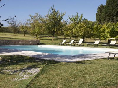 Photo for Private Villa with private pool, WIFI, TV, patio, pets allowed, parking, close to Montepulciano