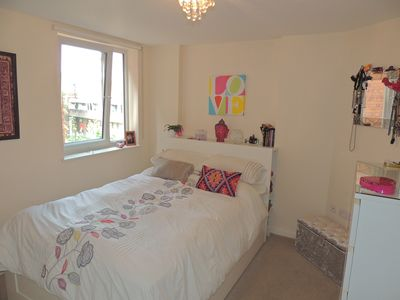 Photo for Entire Apt - Lovely Clean 1 Bedroom in Leafy North London with Private Parking