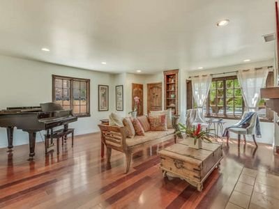 Gorgeous Family Home In The Venice Area, Adjacent To Silicon Beach
