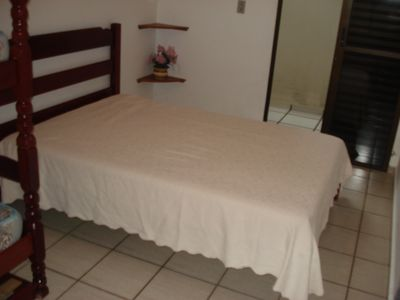 Photo for Beautiful Apartment in front of Toninhas Beach in Condominium with Pool