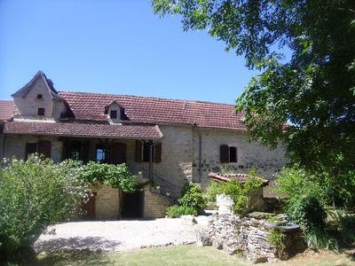 Photo for Cottage of character in the heart of a farmhouse. Caylus.