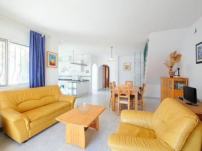 Photo for Vacation home kikidona in Miami Platja - 8 persons, 4 bedrooms