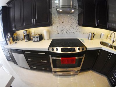 Photo for Immaculate 4 BR 3,5 BA Home near Canada's Wonderland, 30 min Downtown Toronto!