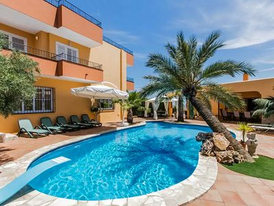 Photo for Villa with 5 bedrooms, 2km from ibiza center with sea views (Free WiFi)