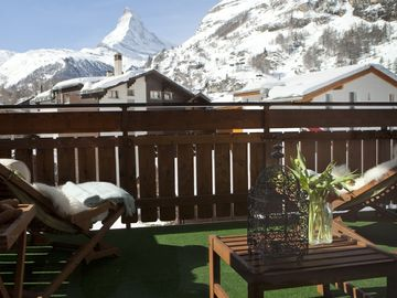 3 Beautifully Furnished Apartments With Stunning Matterhorn Views  - Le Corbassiere